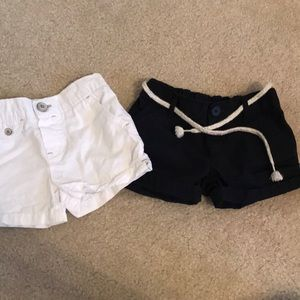 🌟 Carters 2 pack shorts 🌟
